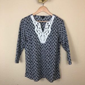 Talbots patterned crocheted black & white tunic MP